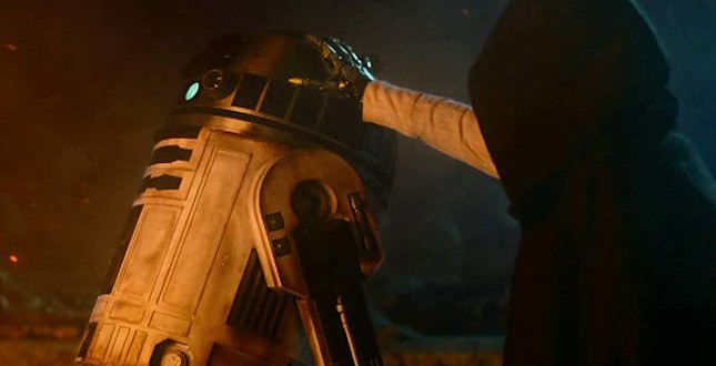 "10 Things We Learned from ""Star Wars: The Force Awakens"" Trailer"